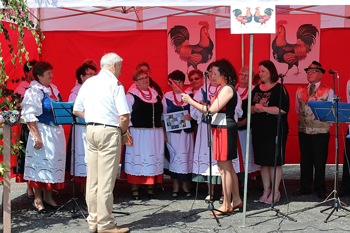 10-lecie założenia Zespołu Ludowego Cicha Woda podczas V Festynu Pieje Kur Pieje
